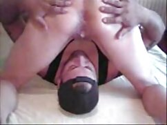 長い爪の喫煙を持つ若いブロンドは、胸が黒い男を茎茎 女性 でも 安 心して 見 られる アダルト ビデオ