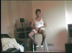 ルーシー-ワイルドは朝タバコを吸う。 アダルト ビデオ 女性