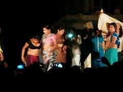 裸の学生はペットボトルのお尻を撫でた わたし が 見 たい アダルト ビデオ