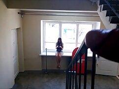 黒タイツの脂肪尻熟女は寝室のお尻のゴム鶏につながります 女性 が 安 心して 見れる アダルト ビデオ