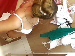 未形成の女の子は乳首を突き刺し、看護師は、彼女が選択します 女の子 の エッチ ビデオ