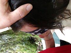 ポニーテールの髪は、雇用者によってボールをむさぼり食います アダルト ビデオ 女の子
