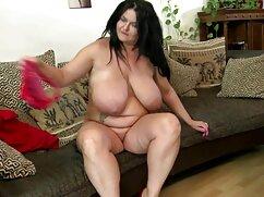 彼女を愛撫、レンズの前で踊る脂肪の女の子 女 えろ 動画